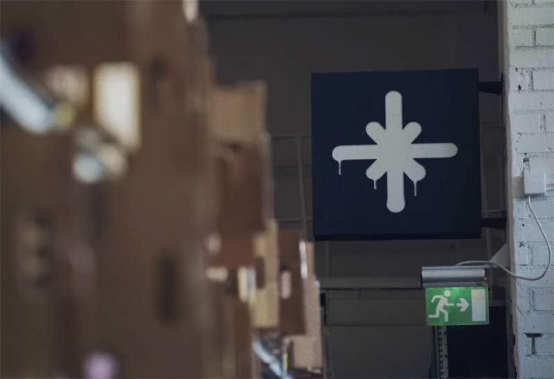 highlights logo in warehouse